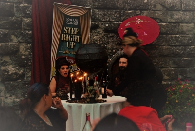 The Wedding Planner surprises the spouses with a surprise centerpiece - Cthulhu